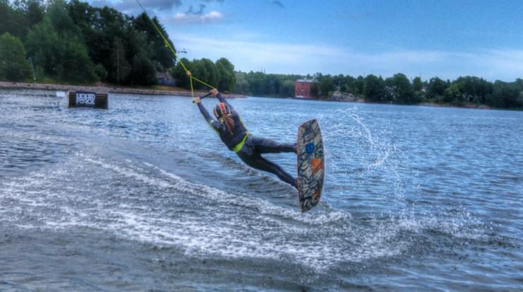 Janina Pohja, Fit Times, Wake Spot, Hietsu, extreme, wakeboarding, lainelautailu, hyppyri