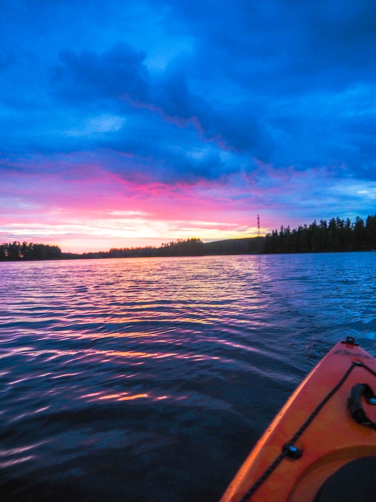 Janina Pohja, Fit Times, Mänttä, kesämökki, melonta, auringonlasku, rauhallinen, loma, kesäloma, mini, järvi