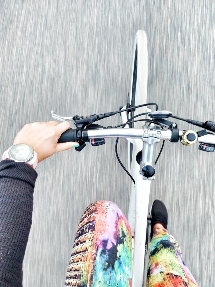 pyöräily, penikkatauti, urheiluvamma, rasitusvamma, Janina Michaela, somevaikuttaja, Suunto Suomi, hyötyliikunta